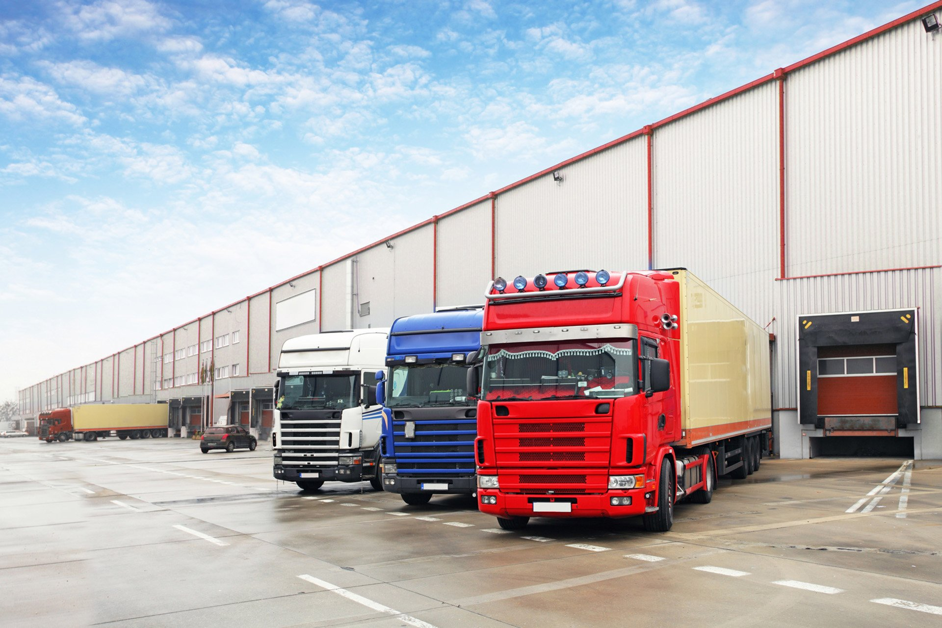 Trucks at an unloading point.
