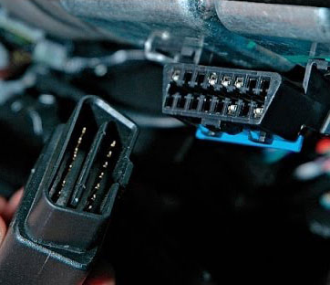 Plug and play hardware IOX fleet management software with ECM connection for vehicle diagnostics.